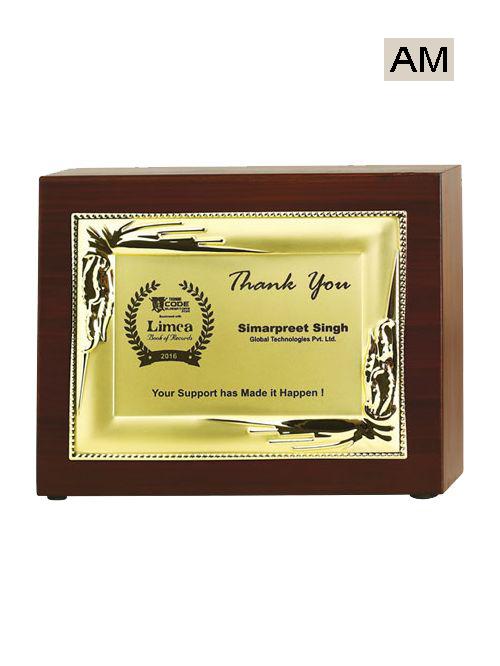 golden plate wooden mementos