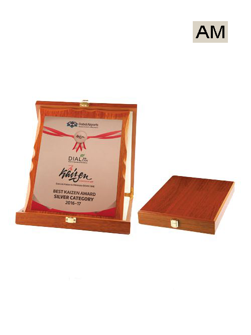 red box wooden plate mementos